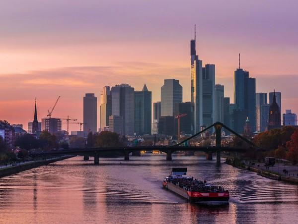 Frankfurt a. M. nun in der Welcome-App